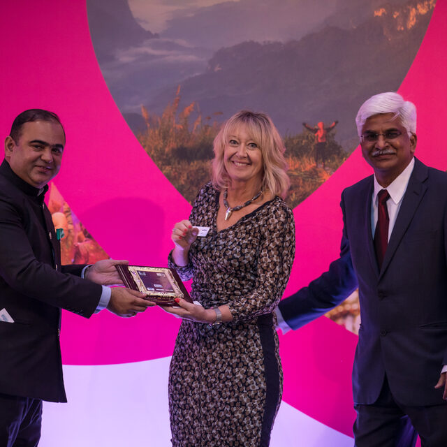 Fiona Jeffery OBE - Ambassador of Peace with Minister Jaykumar Rawal & Kiran Yadav